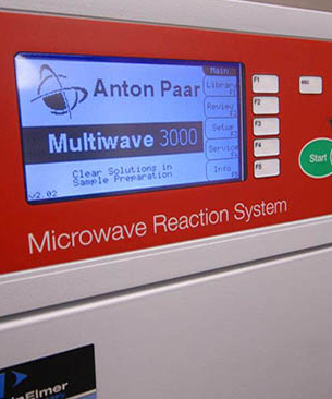 Microwave Reaction System machine